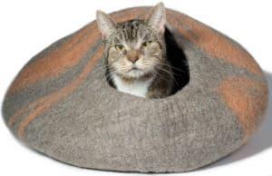 Kittikubbi-Cat-Bed-Cave-Hideout
