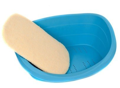 all-year-plastic-pet-bed-with-soft-pad